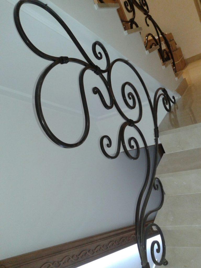 Barandilla de forja artística artesana en hierro macizo (12)