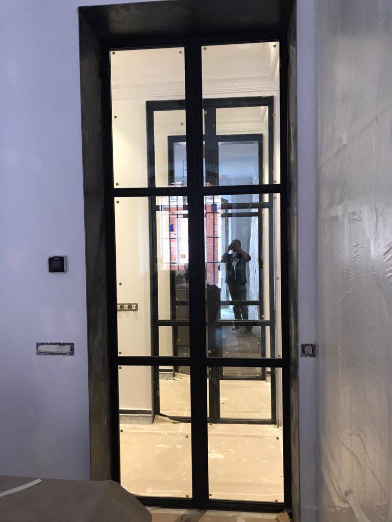Puertas de hierro y cristal (3)